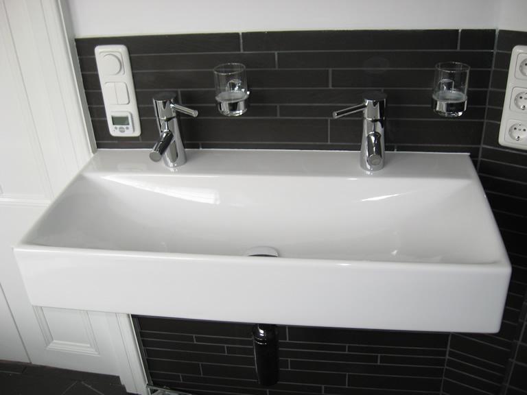 Chris de graaf interieurtimmerwerk design badkamer - Badkamer met wastafel ...