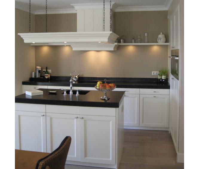 Chris de graaf interieurtimmerwerk design badkamer - Eigentijdse keuken tafel ...