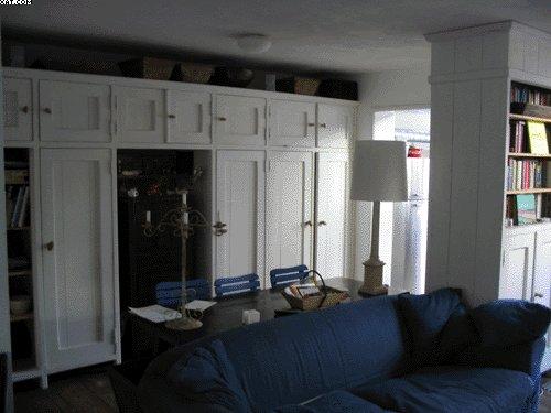 Kastenwand Keuken Maken : Deze kastenwand bestaat uit twee gedeeltes; een kastenwand in de volle