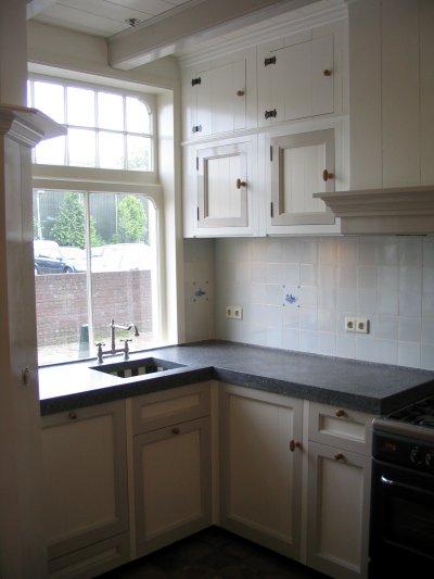 Chris de graaf interieurtimmerwerk klassieke keuken - Kleine aangepaste keuken ...
